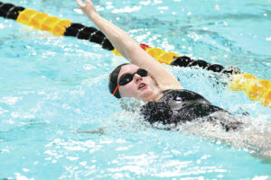 Seven area teams splash at DRAC