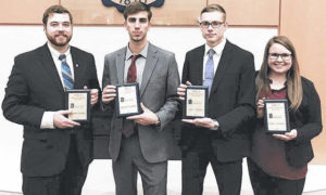 Moot court students advance in competition