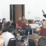 Candidate visits county